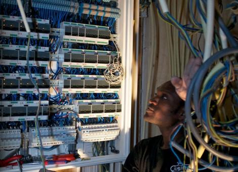 Electriciën Zaandam Justin Gnimavo